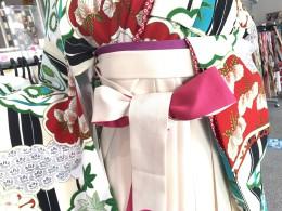 卒業式袴レンタル〜白い袴ありますよ〜